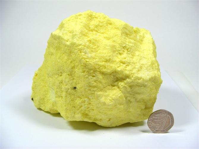 Large Natural Sulphur (Sulfur)