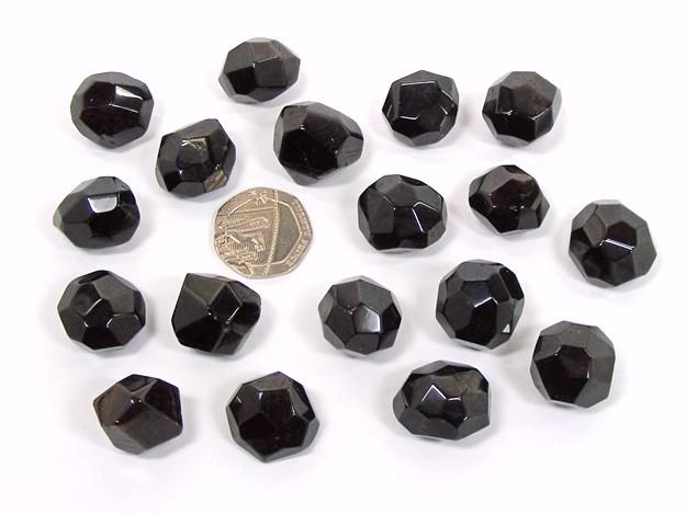 Garnet - Almandine, Tumble Stone
