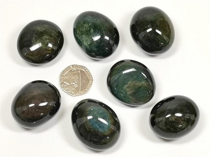 Obsidian - Velvet Sheen, Tumble Stone