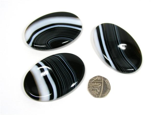 Black Sardonyx Large Thumb Stone