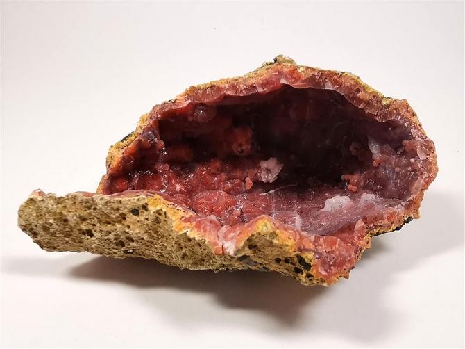 Hematoidal Hollow Geode