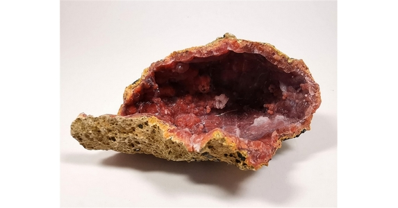 Hematoidal Hollow Geode