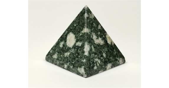Preseli Bluestone Pyramid No2